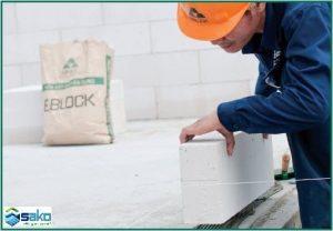 Trình tự thi công gạch siêu nhẹ AAC - Đặt gạch hàng 1