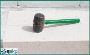 Búa cao su - Để xây gạch siêu nhẹ AAC
