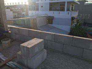 Hình ảnh xây tường bằng gạch cách âm siêu nhẹ