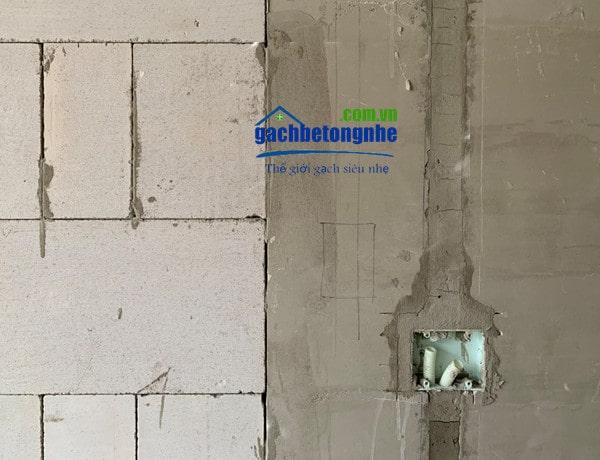 Lắp đặt đường điện nước tường gạch siêu nhẹ aac