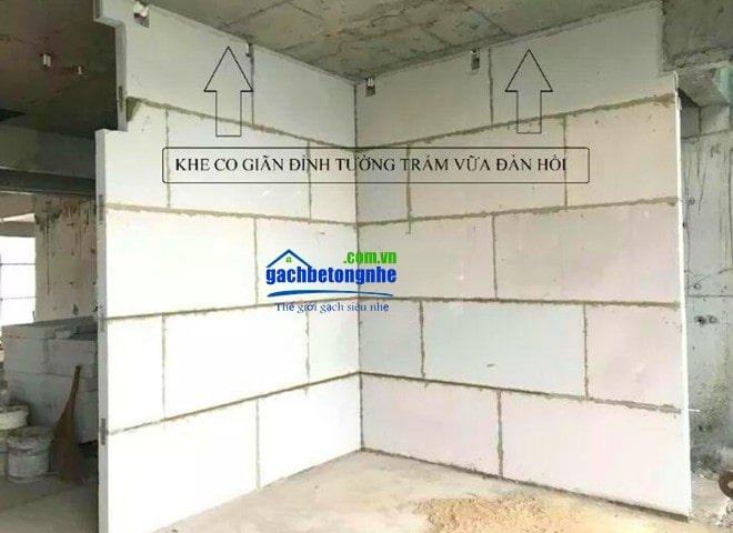 Thi công khe co giãn tường panel bê tông khí ALC