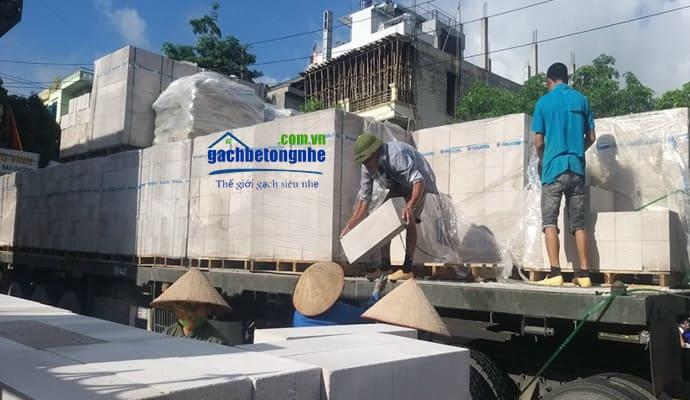Vận chuyển gạch bê tông nhẹ về Bắc Ninh