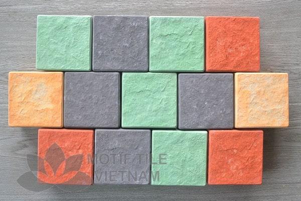 Các mẫu gạch lát sân vườn hình vuông, hình cubic