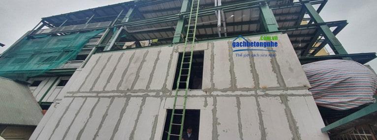 Công trình nhà thép lắp ghép bằng tấng panel bê tông nhẹ ALC