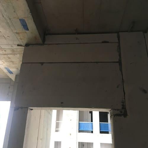 Dễ dàng cắt ngang dọc tấm để phù hợp với vị trí lắp.