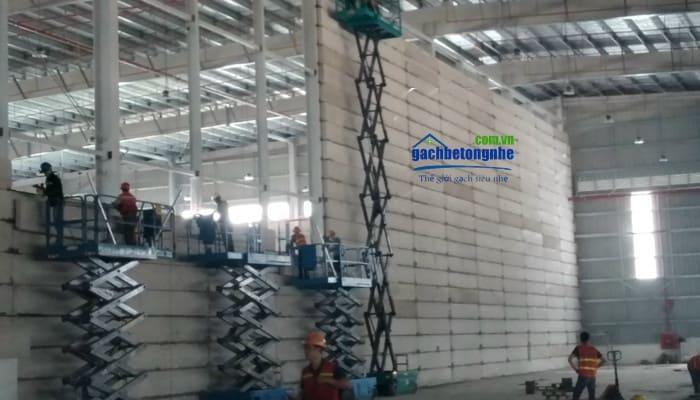 Công trình lắp tấm panel chống cháy bê tông siêu nhẹ ở Cảng Đình Vũ