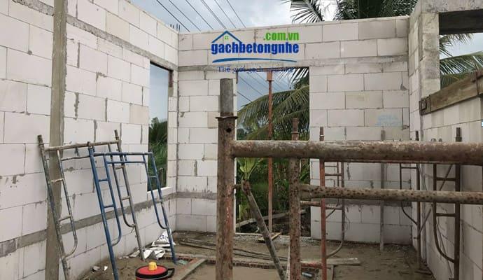 Xây nhà bằng gạch bê tông nhẹ ở Vĩnh Phúc