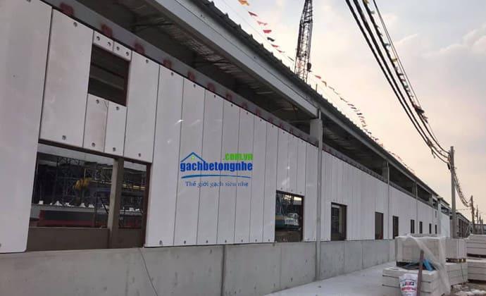 Xây nhà bằng tấm bê tông nhẹ lắp ghép ở Nghệ An