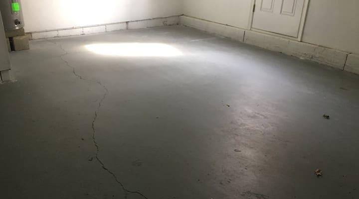 Ảnh hưởng của sàn bê tông bị võng sẽ xuất hiện vết nứt