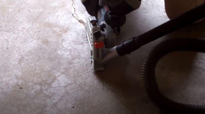 Cắt mở rộng vết nứt trên sàn bê tông