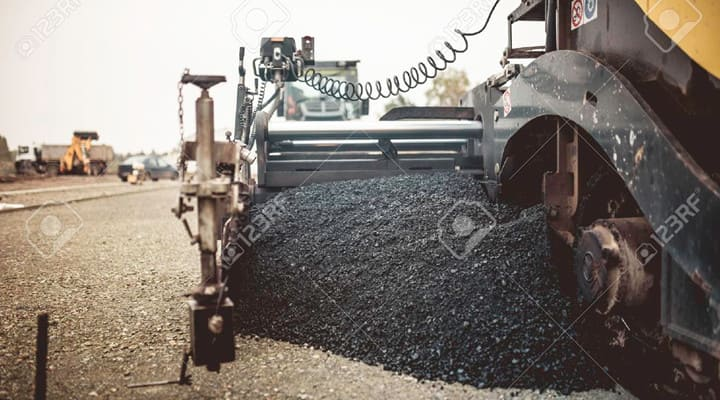 Thi công nhựa bê tông nóng rải thảm